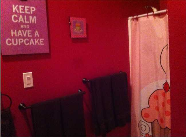 The Cupcake Bathroom at Sweet Escape - outside of Orlando, Florida