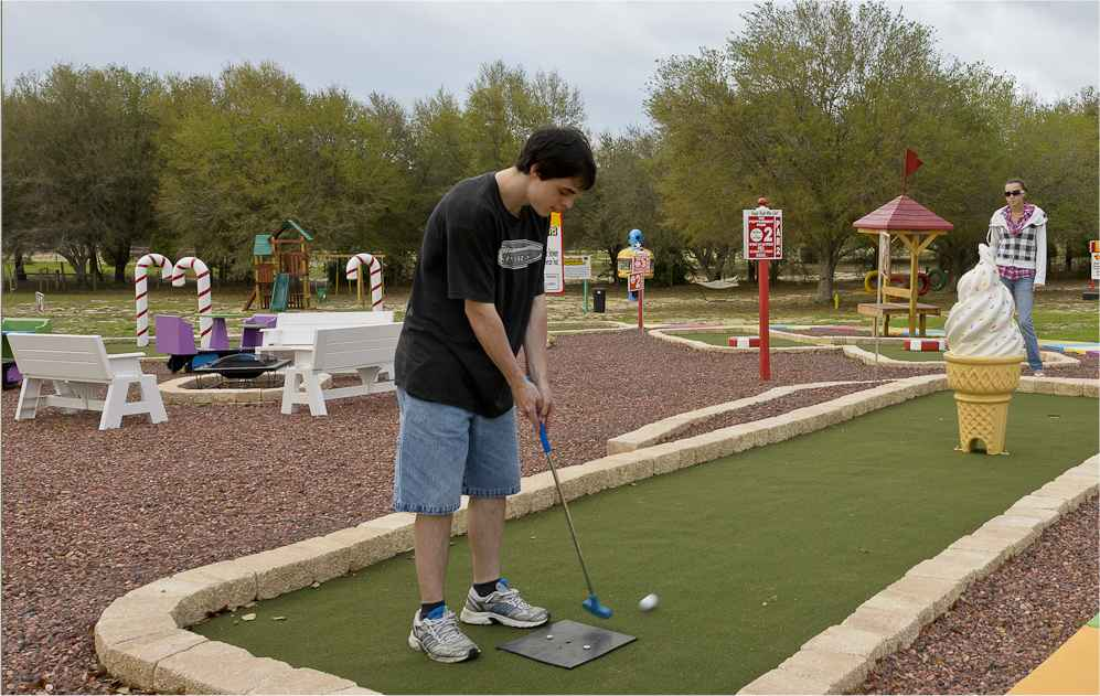 Mini golf at Sweet Escape outside of Orlando, Florida