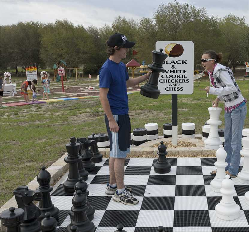 Play checkers and chess at Orlando area's Sweet Escape vacation home rental