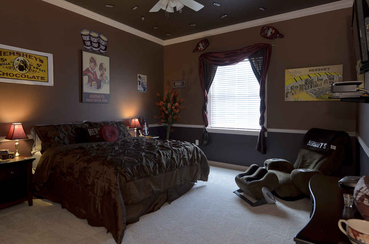 hershey chocolate bedroom king sized bed