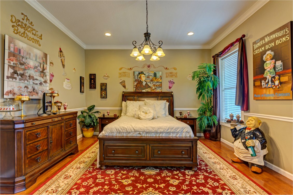 The dessrted dining bedroom at Sweet Escape near Orlando, Florida